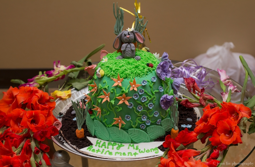 Cake by Vivi's Cupcakes, Sweets & Treats
