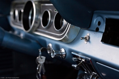 Ford, Mustang, Vintage, baby blue, light blue, sky blue, car, car photoshoot, car shoot, keys, ignition